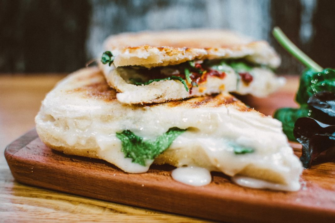 sandwich ligero con thins